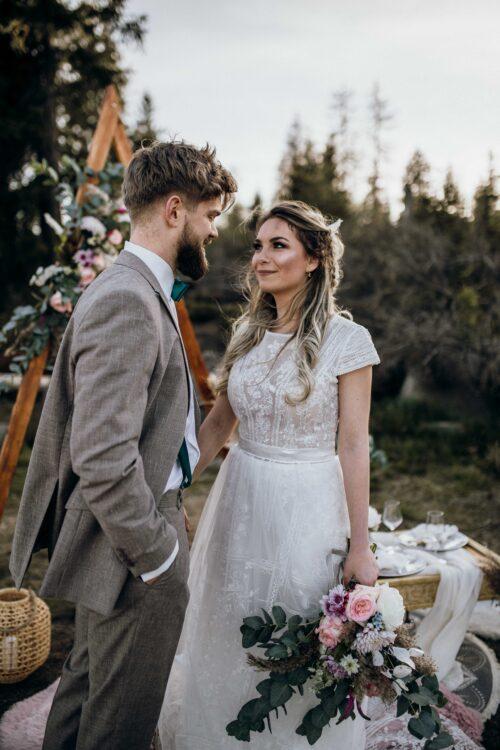 BRIDAL DRESS POCAHONTAS